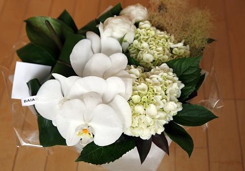 松本さんからの供花.JPG