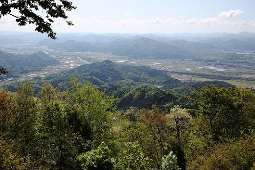 烏ヶ岳からの高龍寺山.JPG