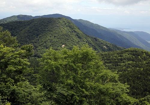 烏谷山からの釈迦岳.JPG