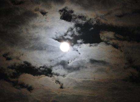 20110913満月.JPG