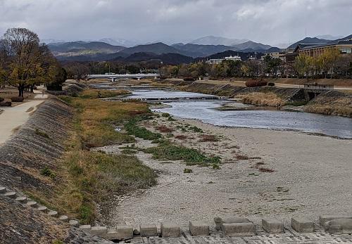 20201218荒神橋からの北山.jpg