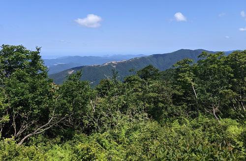 20210721武奈ヶ岳からの三十三間山.jpg