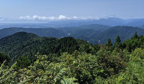 20210722武奈ヶ岳登りからの琵琶湖と比良.jpg